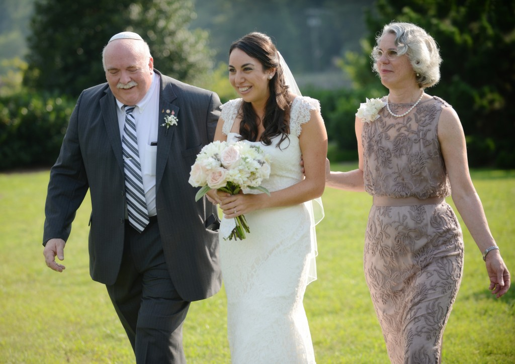 Jewish Songs For Your Walk Down The Aisle | The Big Fat Jewish Wedding