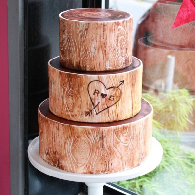 Woodsy Tree Wedding Cake