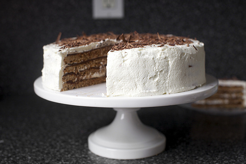 Passover Recipes That Are Delicious All Year Round | Chocolate-Hazelnut Macaroon Torte